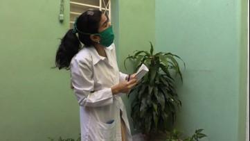 Cuban doctors go door-to-door in low-income neighborhoods