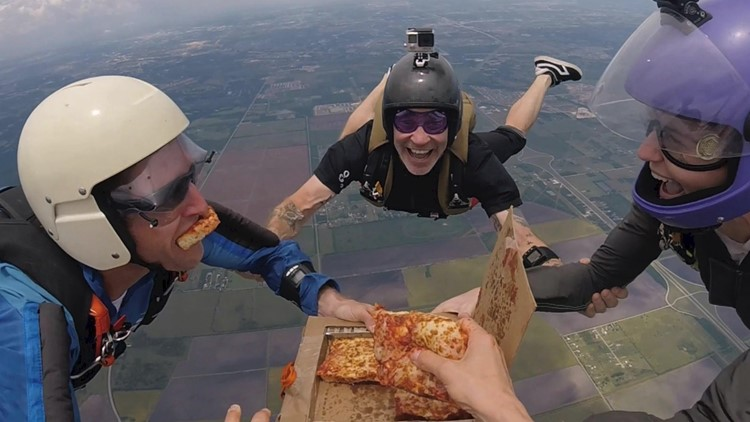 Must See! Skydivers Devour a Pizza While Free Falling 14,000 Feet