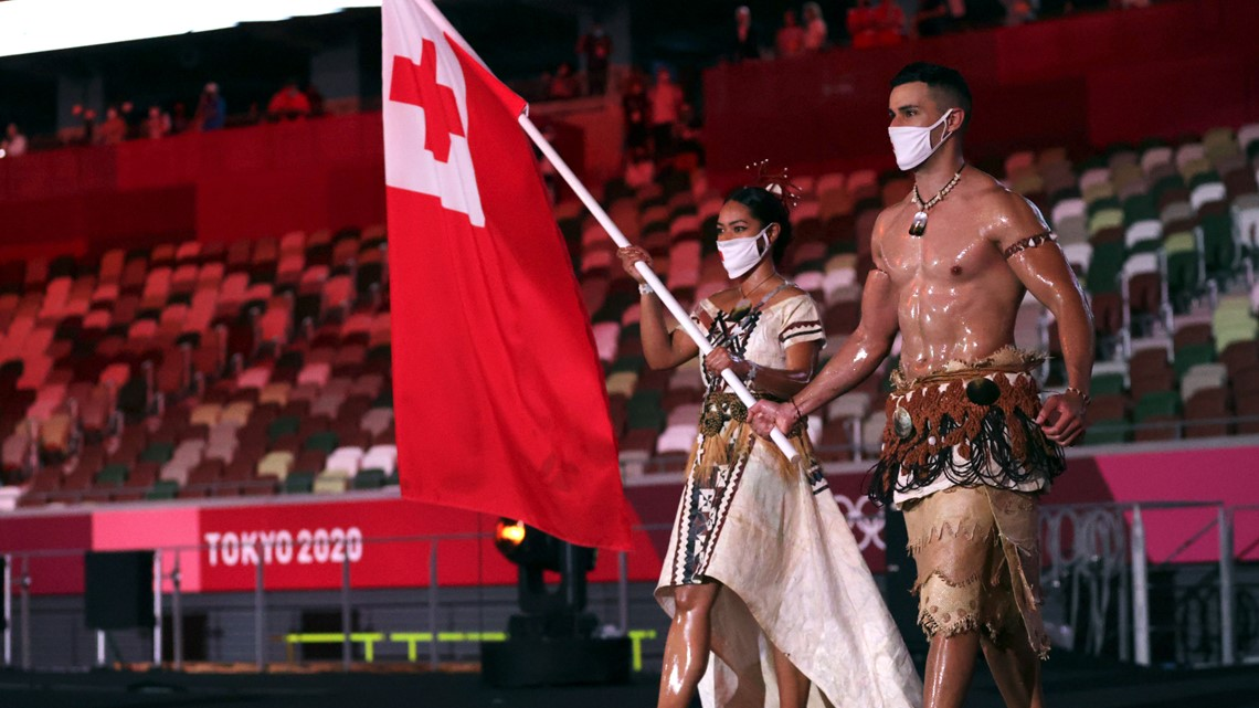 Tonga's shirtless flag bearer is back! But this time he wasn't the only one who was shirtless
