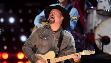 Watch Garth Brooks' press conference for his Stadium Tour concert in Boise