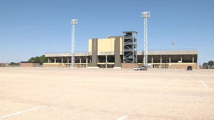 Ratliff among the top high school football stadiums in the country