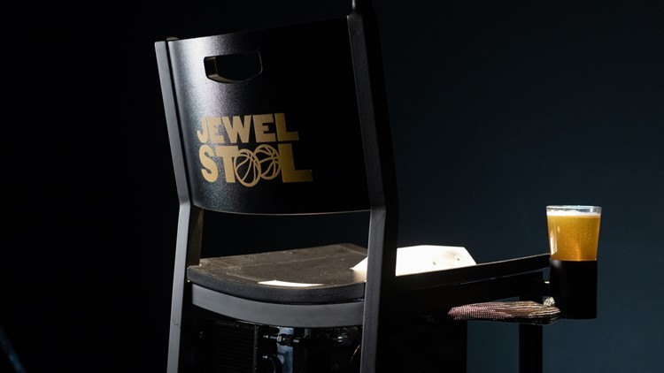 Buffalo Wild Wings welcomes vasectomy patients for March Madness with 'Jewel Stool'