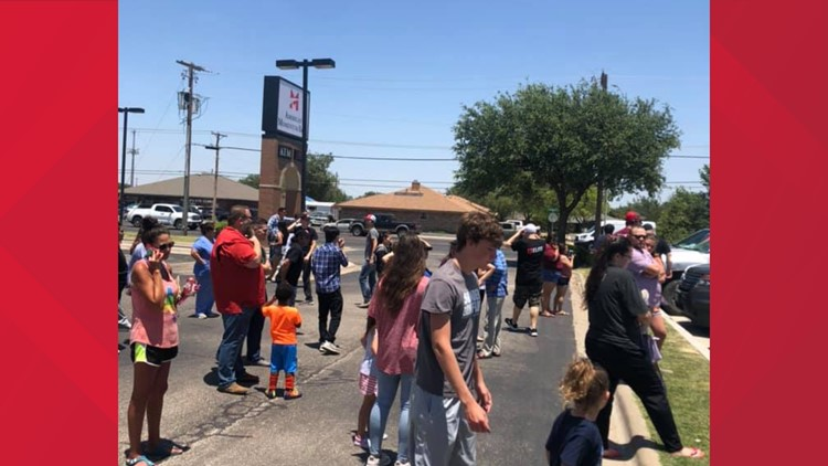 MPD clears Scottsdale Square Shopping Center after bomb scare