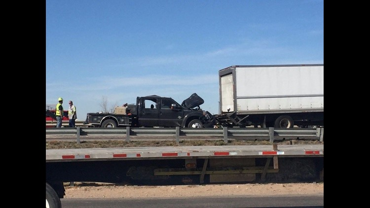 Driver injured following 5-vehicle accident on Interstate 20 in