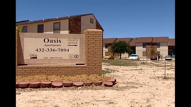 Fort Stockton Apartment Building Infested With Bats