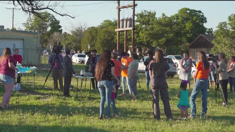 Vigil held to remember Hailey Dunn
