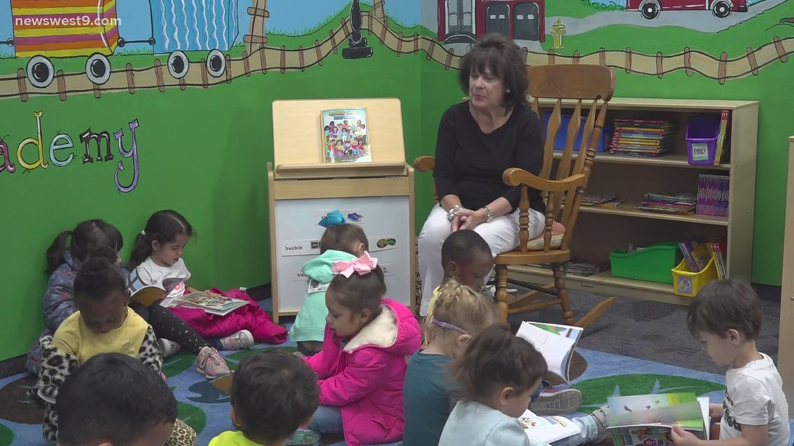 Children's author reads to Pre-K Academy at Midland College students