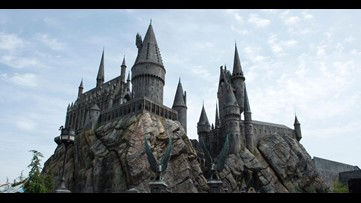 Explore your magical side with free Hogwarts online classes