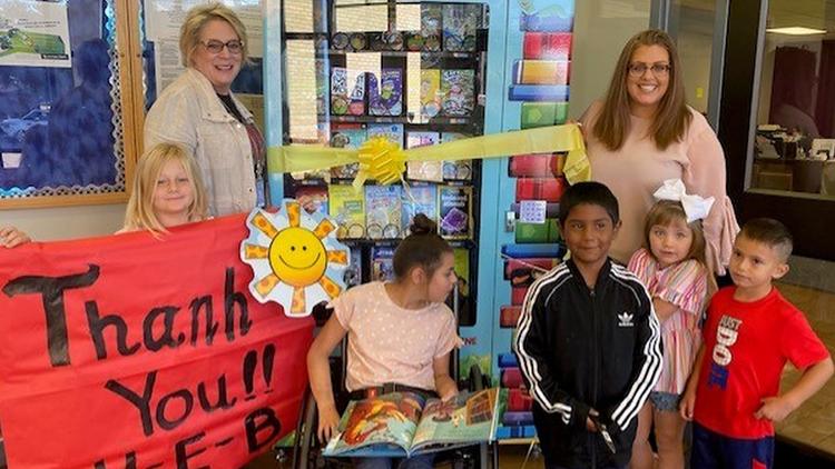 Blanton Elementary receives Bookworm Vending Machine