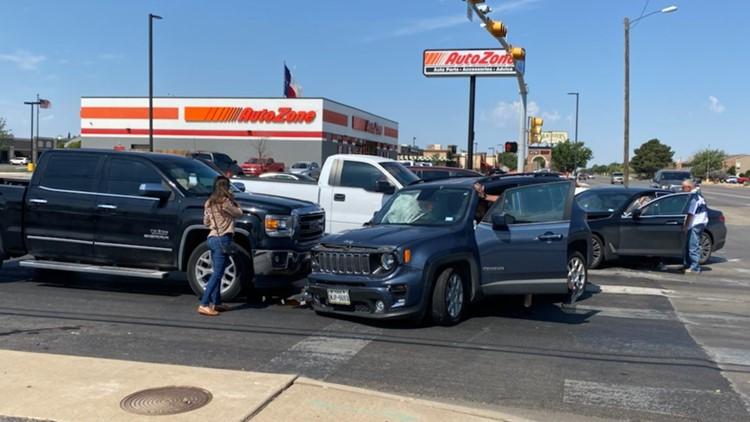TRAFFIC ALERT: Crash at Midland, Wadley blocks intersection
