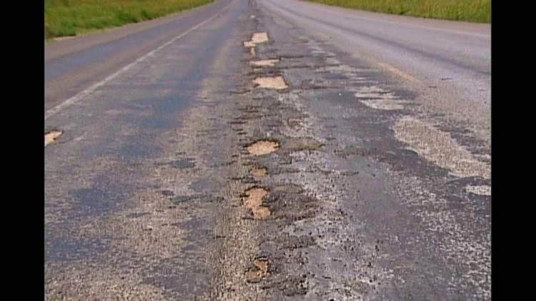 Martin County Drivers Dealing With Bad Highway