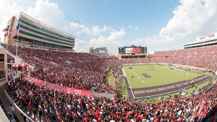 Texas Tech Football Season Sets Stadium Attendance To 25 Newswest9 Com