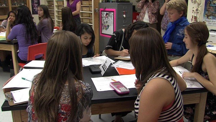 Fort Stockton Middle School Students Track Hurricanes