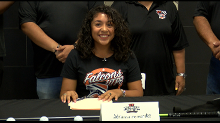Permian golfer signs with UTPB
