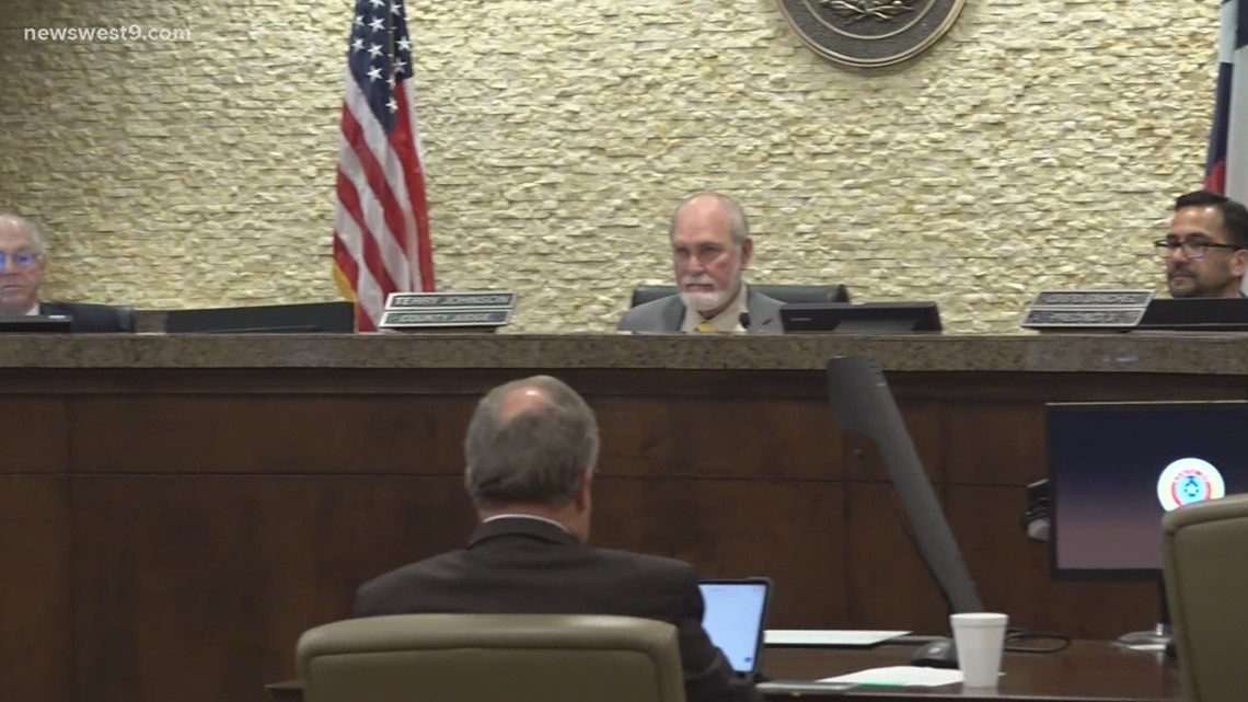 Masks no longer required at Midland County commissioner meetings