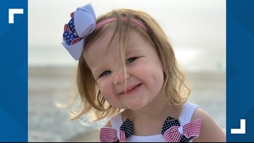 2-year-old goes viral for singing the National Anthem