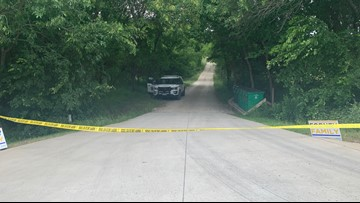Woman shoots, kills intruder at her Kaufman County home