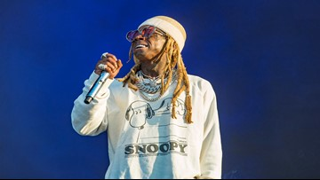 Rapper Lil Wayne's private jet held up by federal agents in Miami