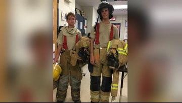 2 students climb 100 flights of stairs to honor 9/11 firefighters who died
